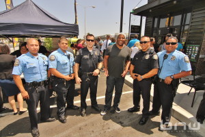 Shyan Selah poses with Gardena Police Officers